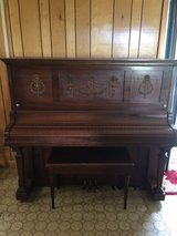 antique upright piano in DeRidder, Louisiana