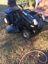 Murray 21hp 46 cut runs and cut great new battery new belts fresh oil ready to go $375 in Warner Robins, Georgia