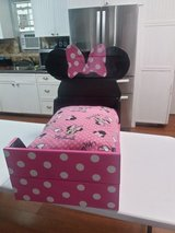 Minnie Mouse dog or cat bed in Biloxi, Mississippi