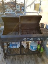 NEXGRILL GAS/CHARCOAL GRILL in Fort Leonard Wood, Missouri