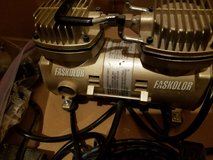 Faskolor By Parma Airbrush Compressor with 2 single action Airbrushes in Elgin, Illinois