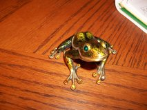 BRASS FROG WITH JEWELED EYES AND TOES in Warner Robins, Georgia