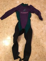 Large (12) Retro wetsuit in Okinawa, Japan