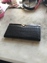 Wallet in Glendale Heights, Illinois