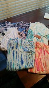 lot of 5 jr shirts, 2 new with tags in Warner Robins, Georgia