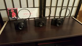 3 Camera picture holders in Travis AFB, California