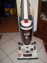 Morphy Richards upright 1400w vacuum(Price reduced) in Stuttgart, GE