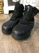 Men's Snow boots in Travis AFB, California