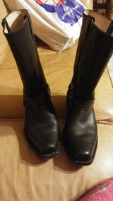 Mens leather biker boots size 9 in The Woodlands, Texas