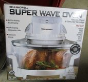 Bell & Howell Super Wave Oven - Needs Bulb in Warner Robins, Georgia