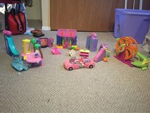 huge lot of Polly pocket toys in Bolingbrook, Illinois