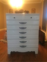 chest of drawers in Leesville, Louisiana