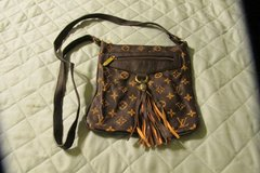 Lots for women's purses and hand bags for sale starting at $10 in Kingwood, Texas