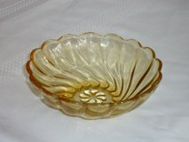 vintage fruit/dessert bowl in Glendale Heights, Illinois