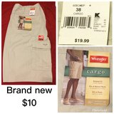 Men's cargo shorts BRAND NEW in Warner Robins, Georgia