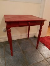 Little Red Table with Drawer in Wiesbaden, GE