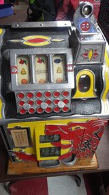 Mills Novelty Nickel Slot Machine in Fort Polk, Louisiana