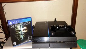 Ps4 with controller + game in Fort Leonard Wood, Missouri