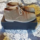 Kenneth Cole Boys Shoes Sz.5 Brown Leather in Spring, Texas