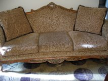 COUCH --3 Cushion in Palatine, Illinois