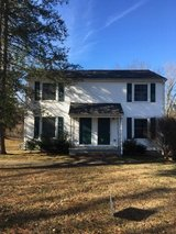Duplex for rent in great location off of Madison St. in Fort Campbell, Kentucky