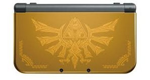 Nintendo 3DS XL a Hyrule edition with games and carrying case in Naperville, Illinois