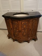 Excellent Condition, Like New Vanity in Tinley Park, Illinois