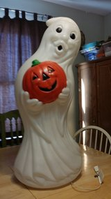 Blow mold ghost in Oswego, Illinois