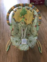 Baby bouncer seat in Travis AFB, California