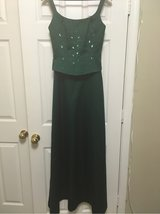women's green floor length formal dress in Bolling AFB, DC