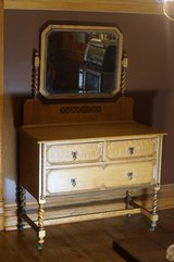 Two Matching Antique Dressers (One with Mirror) in Glendale Heights, Illinois