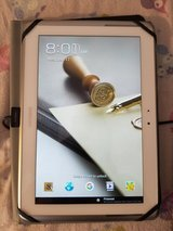 Samsung note 10.1 tablet model gt-n8013zw in Bolingbrook, Illinois