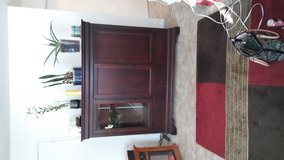 4 pieces entertainment center in Fort Leonard Wood, Missouri