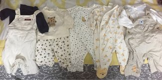 Boys 0-3 month 5 outfit lot in Fort Leonard Wood, Missouri