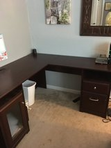 L shaped desk in Vacaville, California