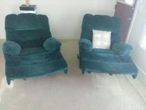 pull out couch and two recliners read ad for prices in Camp Lejeune, North Carolina
