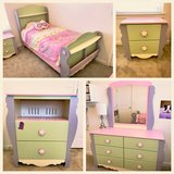 girls bedroom set in Cannon AFB, New Mexico