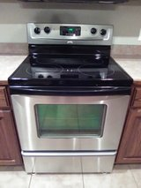 Whirlpool stainless glass top electric stove in Fort Leonard Wood, Missouri