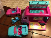 Polly pocket vehicle set in Beaufort, South Carolina
