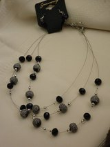 new 3 strand necklace/earrings in Lockport, Illinois