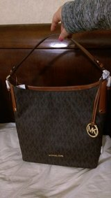 Brand New Michael Kors purse in Lackland AFB, Texas