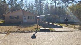 Rent house  3bed 1 1/2 bad in Leesville, Louisiana