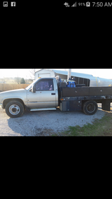 2000 gmc 3500 in Fort Campbell, Kentucky