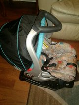 carseat plus stroller in Warner Robins, Georgia