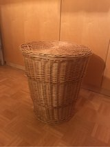 Large Wicker Clothes Basket in Stuttgart, GE