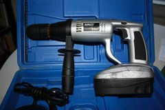 Heavy Duty 24V cordless Drill with 220v Charger in Wiesbaden, GE