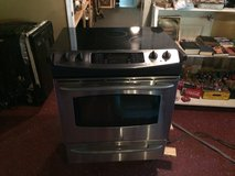 Slide In Stainless Steel Glass Top Stove /Oven in DeRidder, Louisiana