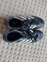 Youth size 4 Adidas soccer cleats in Ramstein, Germany