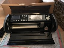 Cricut Expression Lot + 5 Cartridges + Vinyl in Ramstein, Germany
