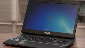 "Asus 75VW 17"" laptop in Fort Campbell, Kentucky"